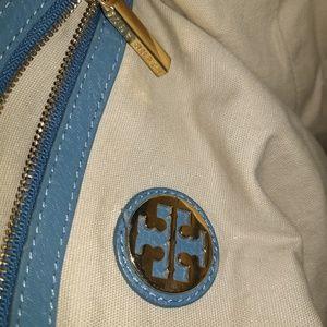 Tory Burch Bags - Tory Burch Amanda hobo/ purse